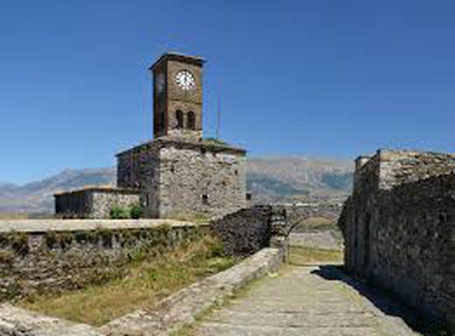 Margariti: Falë projektit të ndriçimit, Kalaja e Argjirosë