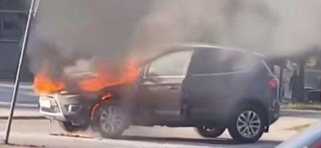 I dogjën makinën 'BMW X5' gjatë orëve të para