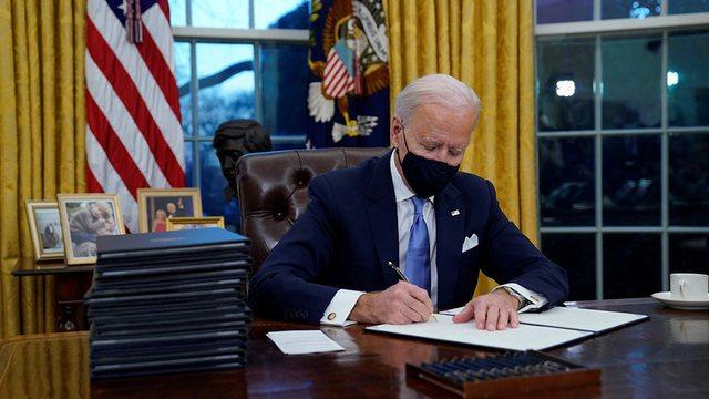 Biden firmosi urdhrin vetëm një ditës pas marrjes së