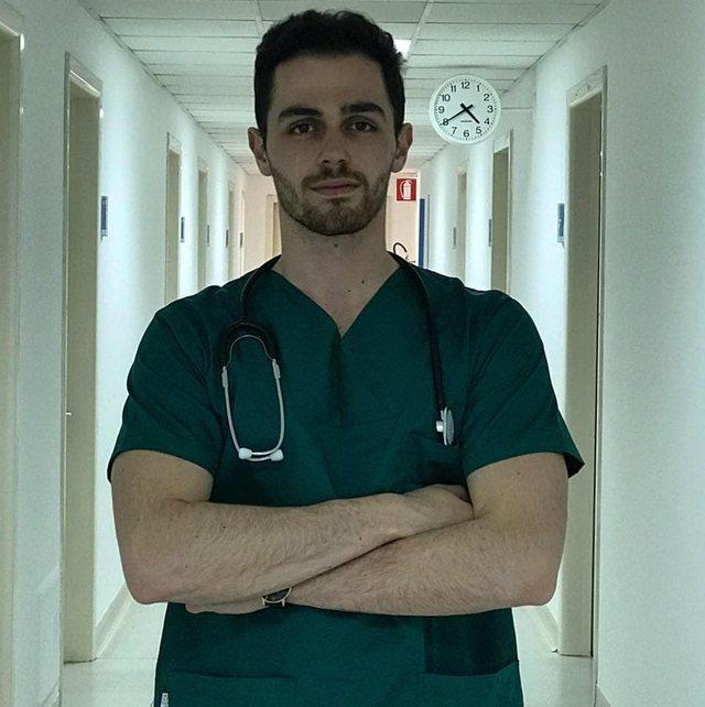 Vijojnë largimet nga PD, Majk Vaqarri mjeku më i ri që iu