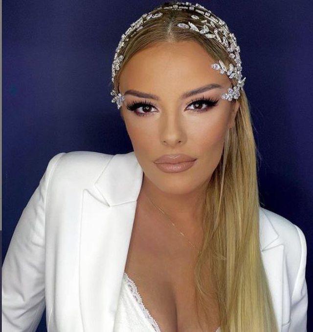 Veshja tradicionale shqiptare pushton Eurovisionin, Anxhela Peristeri