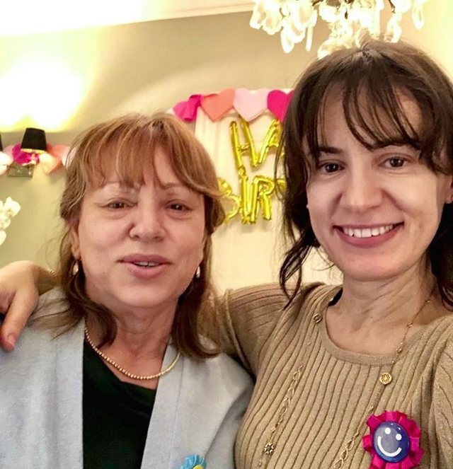 """""""There is no better in the world"""", Aurela Basha introduces her mother"""
