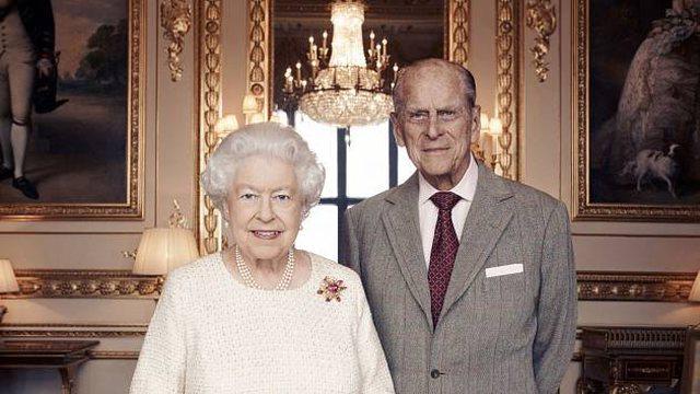 Pallati mbretëror në zi/ Princ Philip u nda nga jeta në