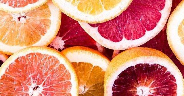 Ushqime të pasura me vitaminë C, përveç portokallit