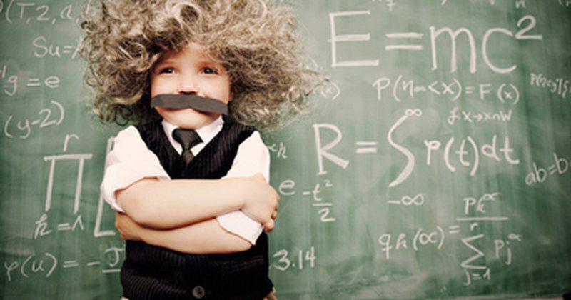 Studimi: Ja nga e trashëgojnë inteligjencën fëmijët