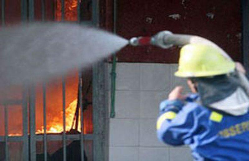 Ngjarje e rëndë në Durrës/ Shpërthejnë flakët