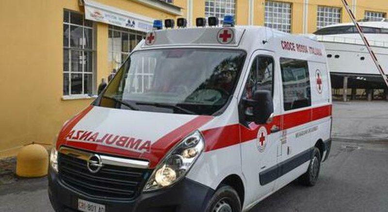 Humb jetën 30 vjeçari shqiptar, bie nga kati i dytë i