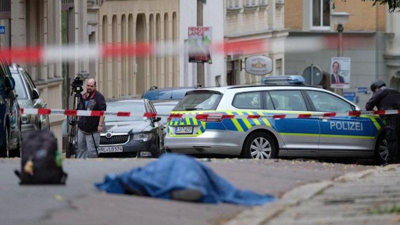 Sulm me armë në mes të qytetit, 6 persona humbin jetën/
