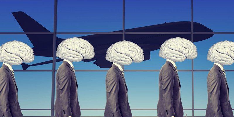 """""""Brain drain""""- e ardhmja e Shqipërisë dhe"""