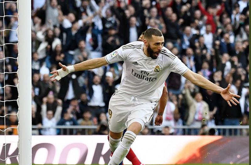 "Reali fiton derbin e Madridit me Atletikon, vendos Benzema, ""Los"