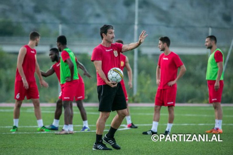 Teuta ndryshon zv/trajnerët 24 orë para Kupës, Partizani