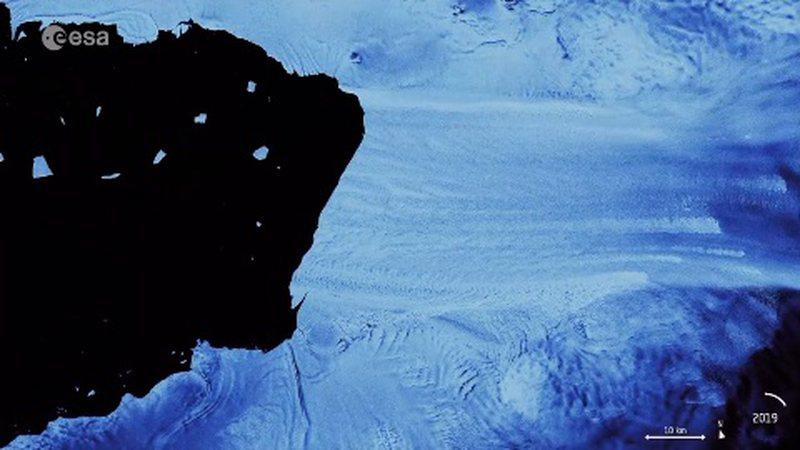 Ajsbergu sa Malta shkëputet nga akullnaja më e rrezikuar, imazhet