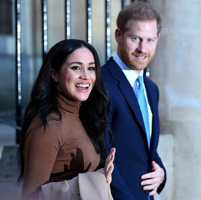 Meghan Markle dhe Princ Harry u zhvendosën në Kanada, mbretëresha