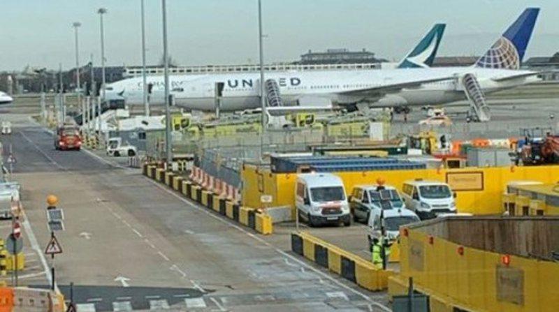 Kaos dhe panik, 8 avionë bllokohen në aeroport nga frika e