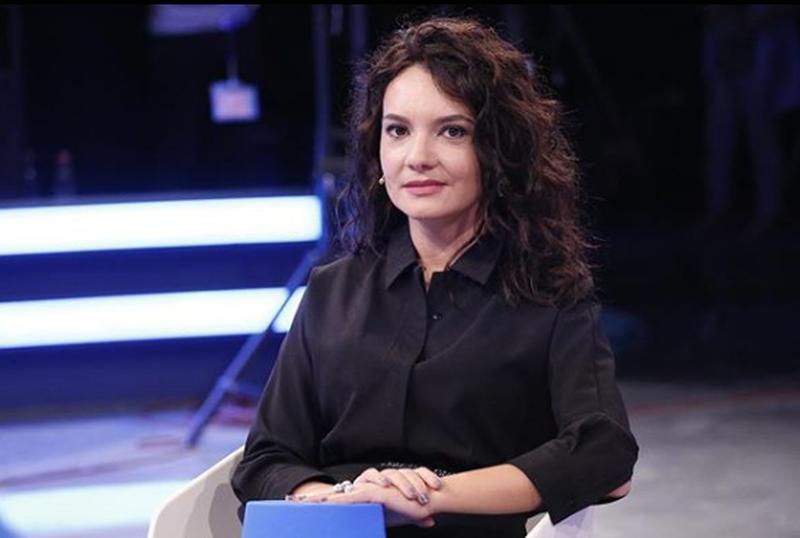 """""""Keni marrë gjë sot apo jeni esëll"""", Elisa Spiropali"""