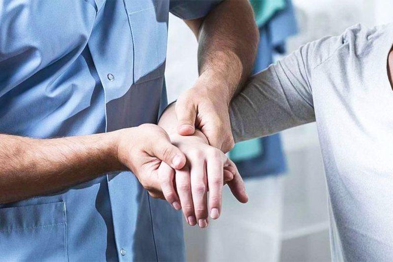 Vuani nga artriti dhe reumatizma? Mund të shpëtoni një herë