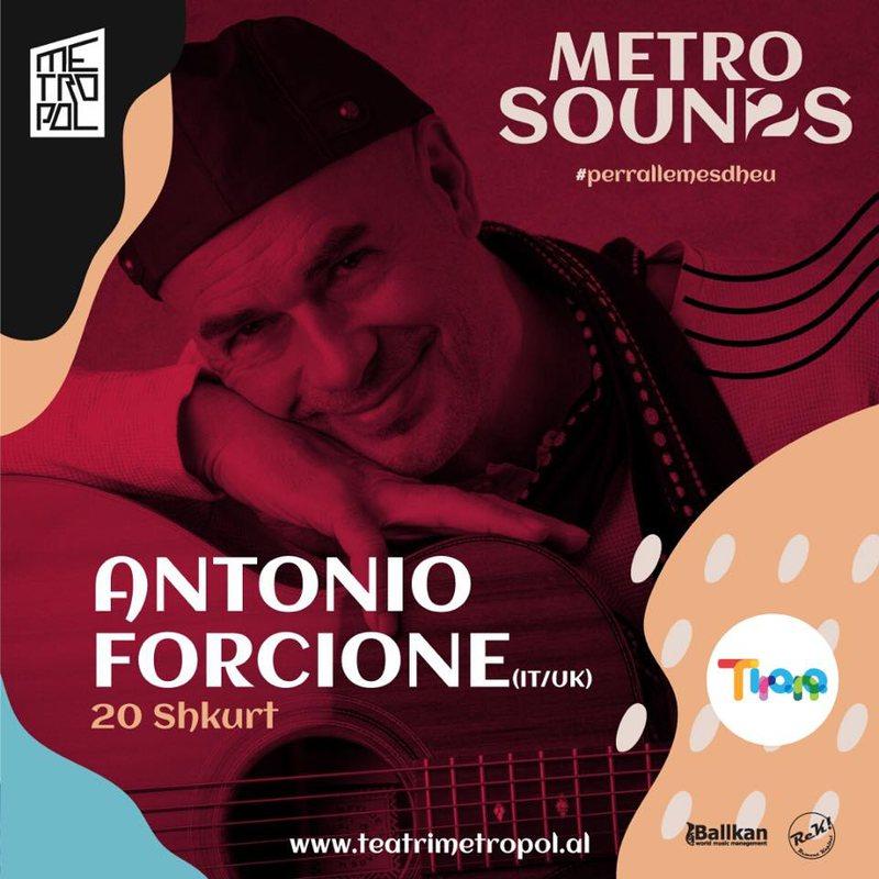 Antonio Forcione, një koncert për publikun në teatrin Metropol