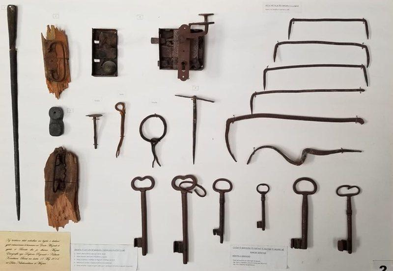 Koleksioni me objekte të banesave, në muzeun Etnografik në Berat