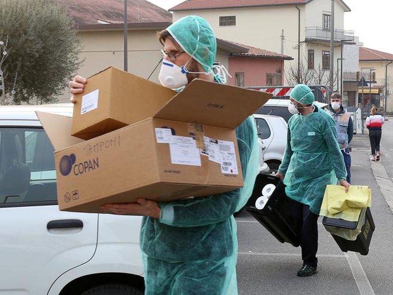 Koronavirusi po kthehet në panik, flet pacientja e shëruar në