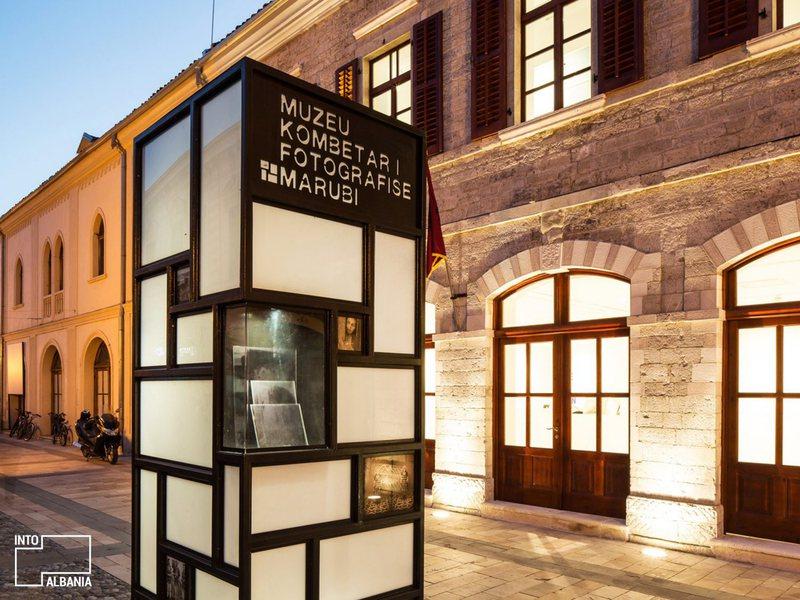"""Ekspozita """"Dedë Jakova"""", shtyhet inaugurimi në muzeun"""
