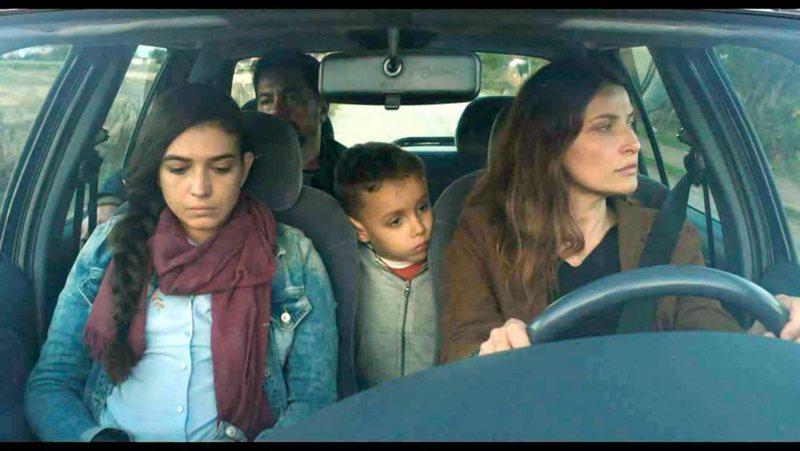 """Filmi """"Derë e hapur"""" shfaqet në Përrenjas, Pukë"""