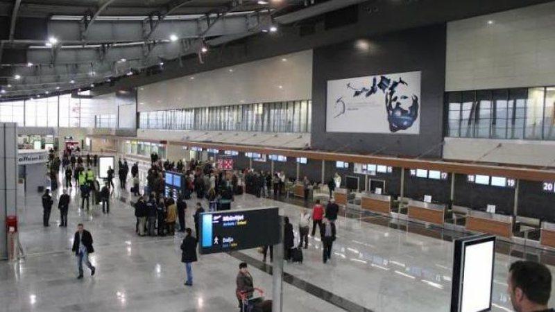 Aeroporti i Prishtinës mbyll dyert, nuk do të lejohet më