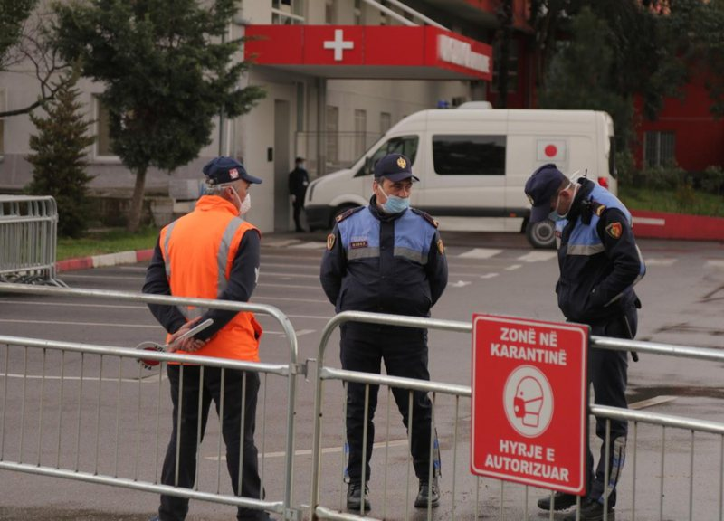 Shumë i ri, vdes i pesti me koronavirus në Shqipëri nga