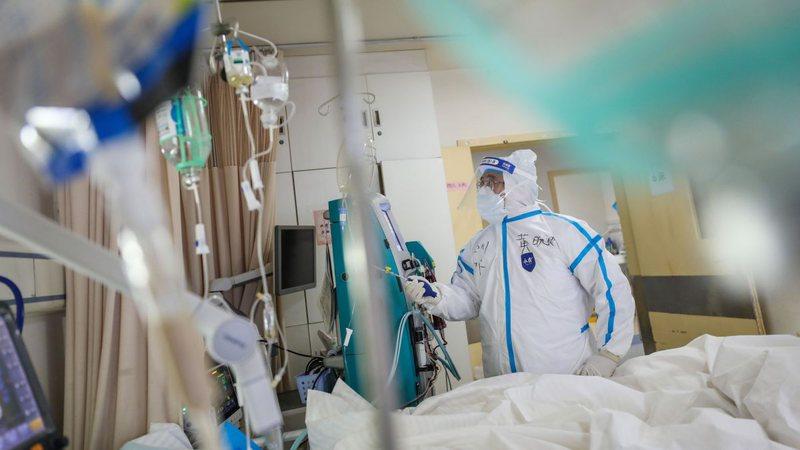 I infektuari me koronavirus rrëfen momentin e dhimbshëm: Dy persona
