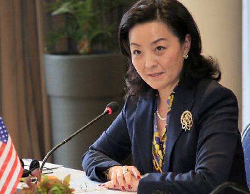 """""""Kthehuni sa jeni në kohë"""", ambasadorja Yuri Kim"""