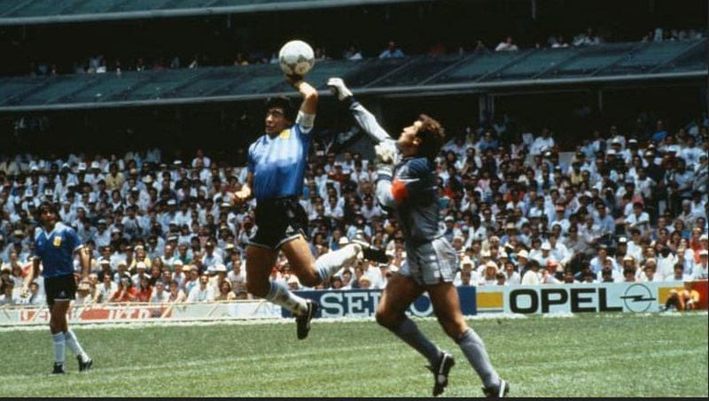 "Histori për film - Portieri i tha 18-vjeçarit Maradona ""je"
