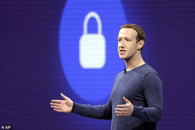 """""""Facebook"""" kërkon ndjesë për algoritmin"""
