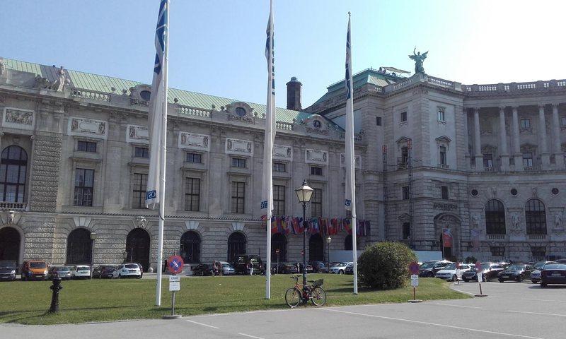 OECD paralajmëron krizë të fortë ekonomike në