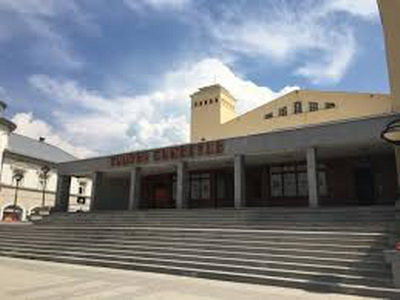 Teatrot në Kosovë anulojnë shfaqjet, në shenjë