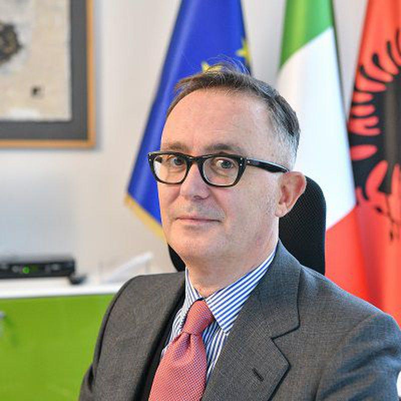 Tensionet për Reformën në Drejtësi, ambasadori italian del