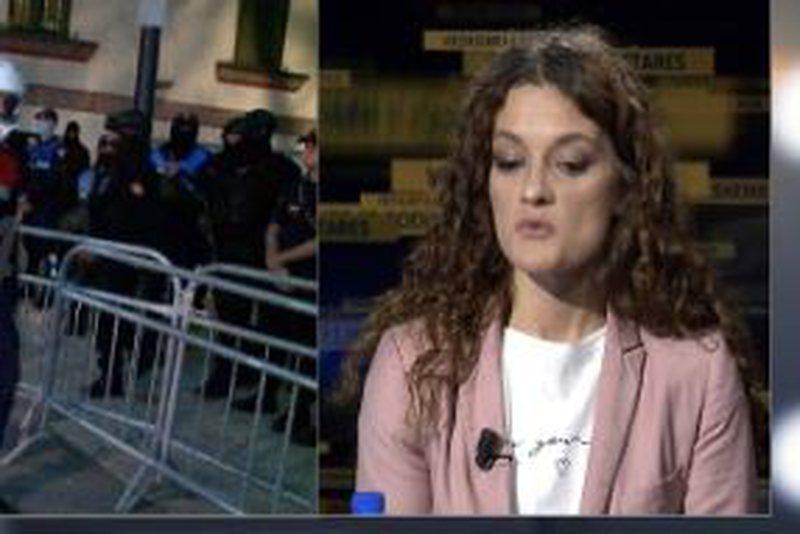 Gazetarja 'trondit' me deklaratën: Gjatë shembjes së