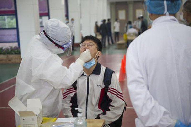 Kina e bindur ta luftojë deri në fund virusin, bën numrin rekord
