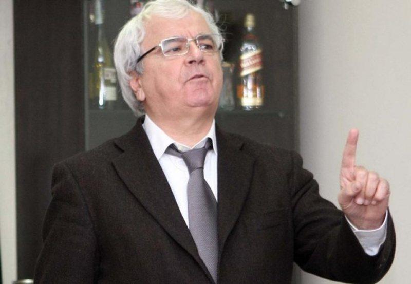 """Ambasada ka dalë hapur"", Spartak Ngjela 'trondit'"