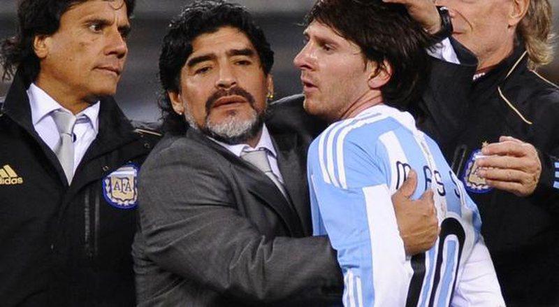 Maradona thumbon Messin: Numri 10 i Argjentinës do të jetë