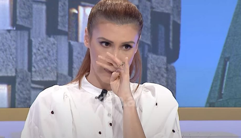 """""""Jam tronditur jashtëzakonisht shumë"""", moderatorja Aulona"""