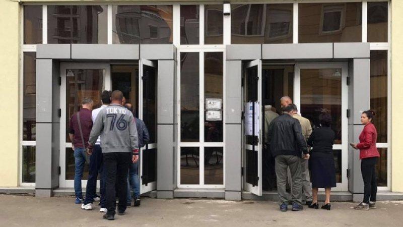 Hapen vendvotime në komunat me shumicë serbe, mbajtja e zgjedhjeve