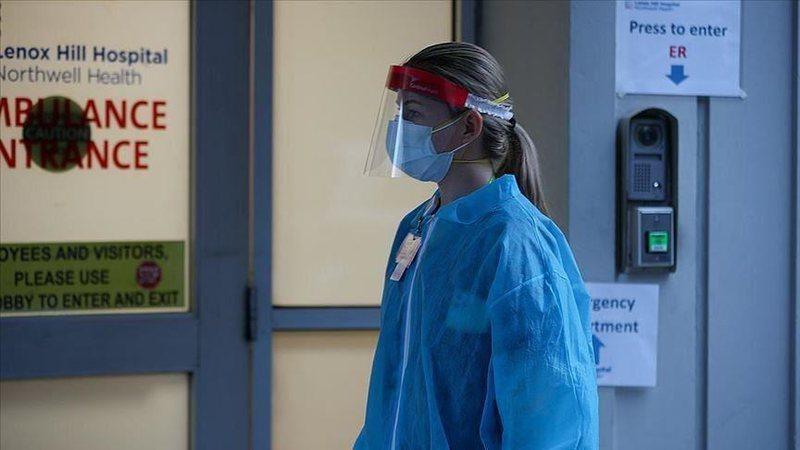 Plas keq në spital/  Mjekja sulmohet nga familjarët e viktimës me