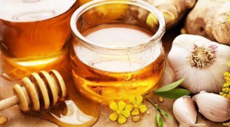 Hudhër, limon dhe mjaltë, kombinimi që bën mrekulli me