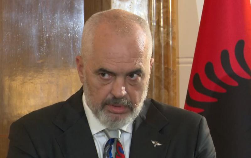 Rama nuk përmbahet ndaj Vuçiçit: Presidenti i Serbisë