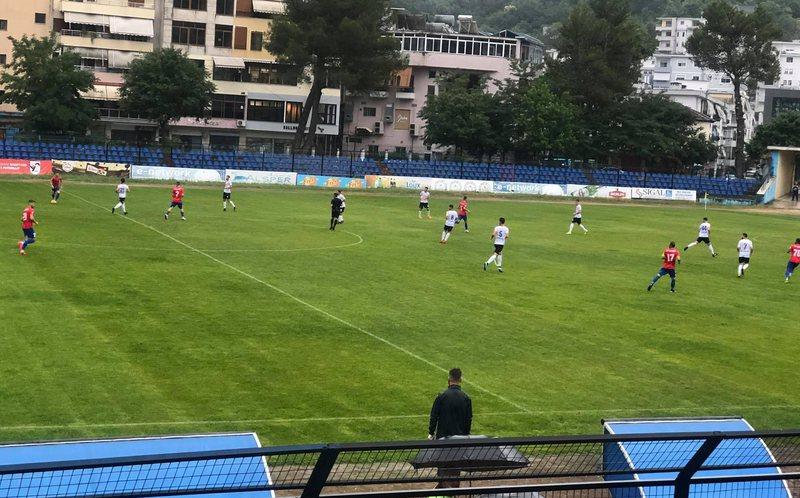 Laçi kalon me vështirësi Flamurtarin, Vllaznia merr 3 pikë