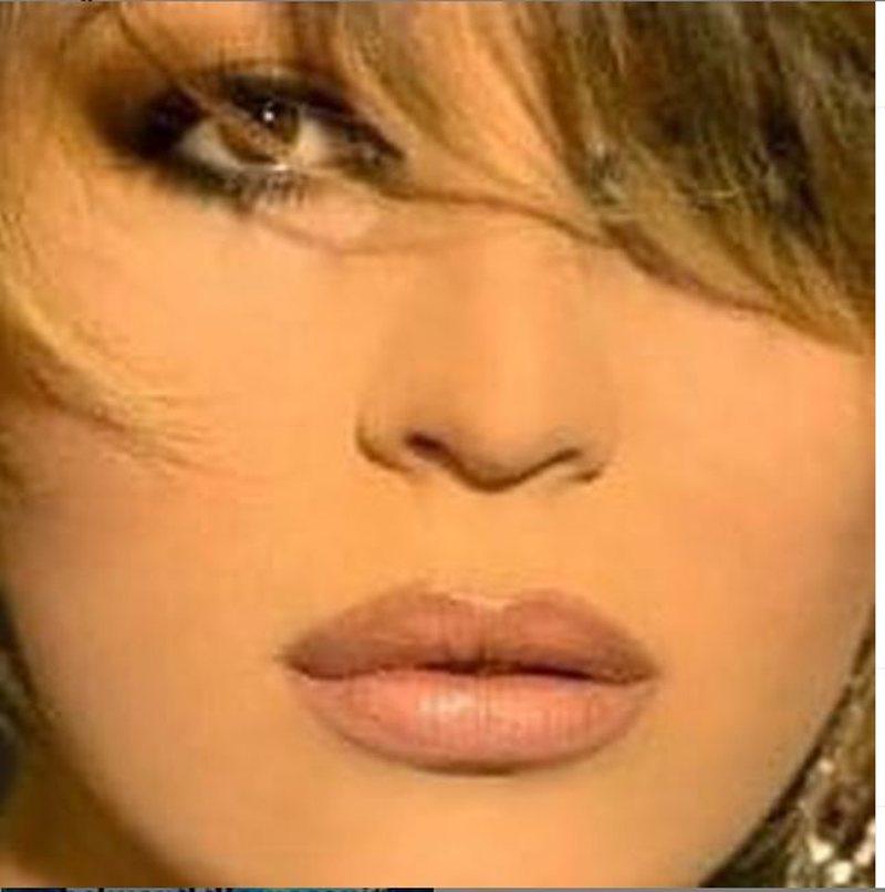 Këngëtarja e njohur shqiptare rezulton pozitive me COVID-19, reagon e