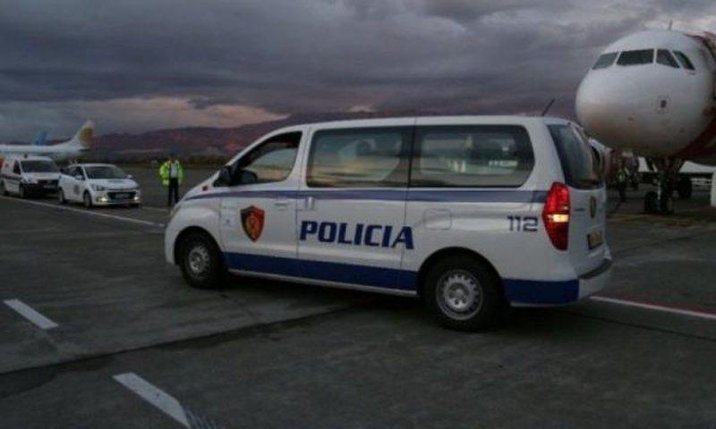 Akuzohet për mashtrimin e një avokati, ekstradohet nga Franca