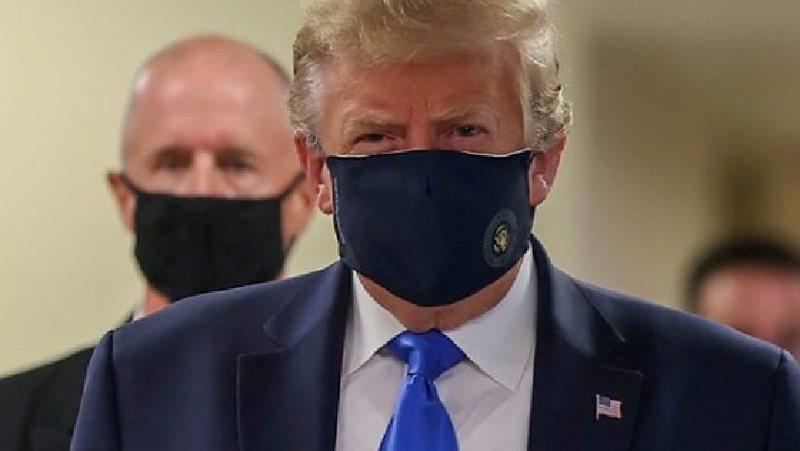 U shfaq për herë të parë në publik me maskë,