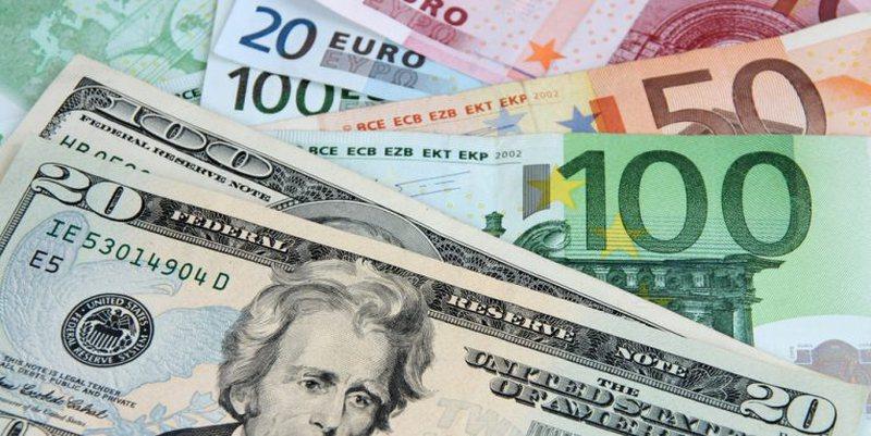 Kursi i Këmbimit/ Euro dhe franga nuk ndryshojnë, por bien dollari dhe