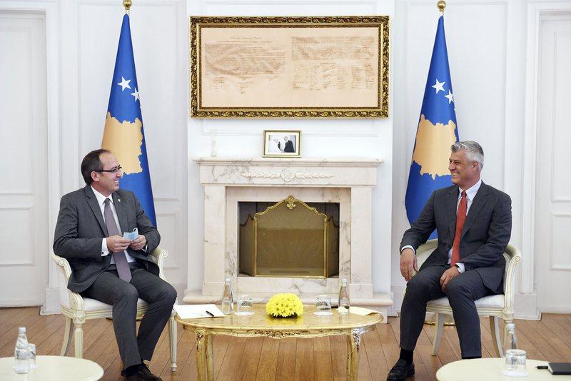 Negociatat me Serbinë, Thaçi pret Hotin: Jo dialog teknik, por