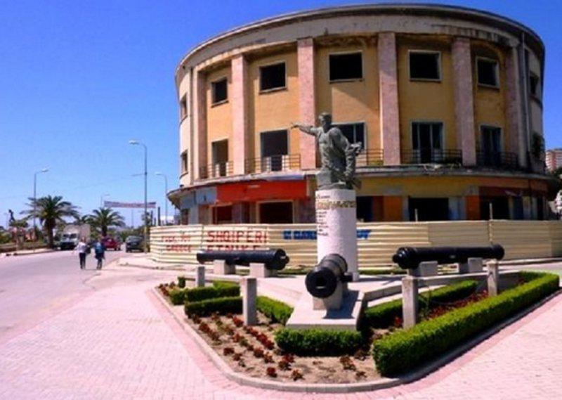 Sekuestrohet ish-hotel 'Vollga' në Durrës, kush